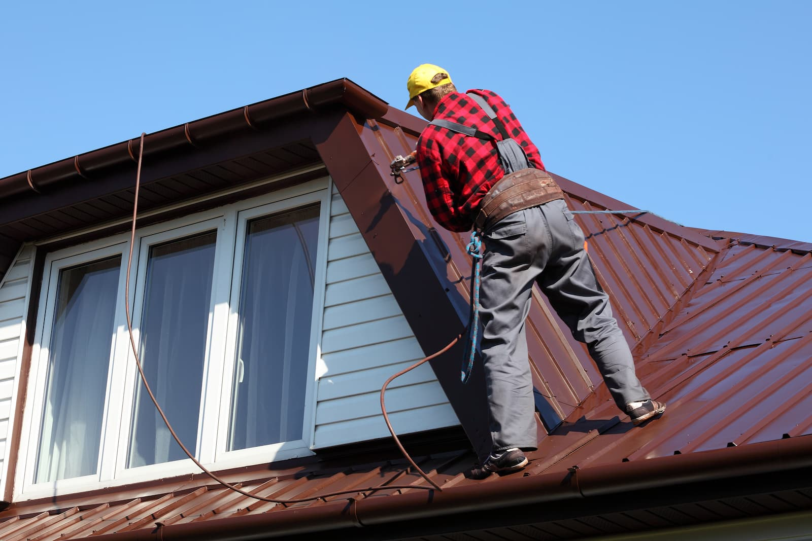 Complete Guide to Metal Roof Maintenance - RoofClaim.com