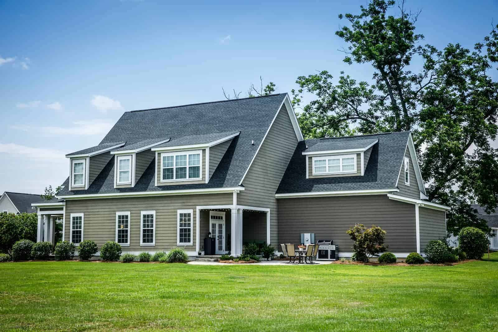 Full Shingle Roof Replacement by RoofClaim.com