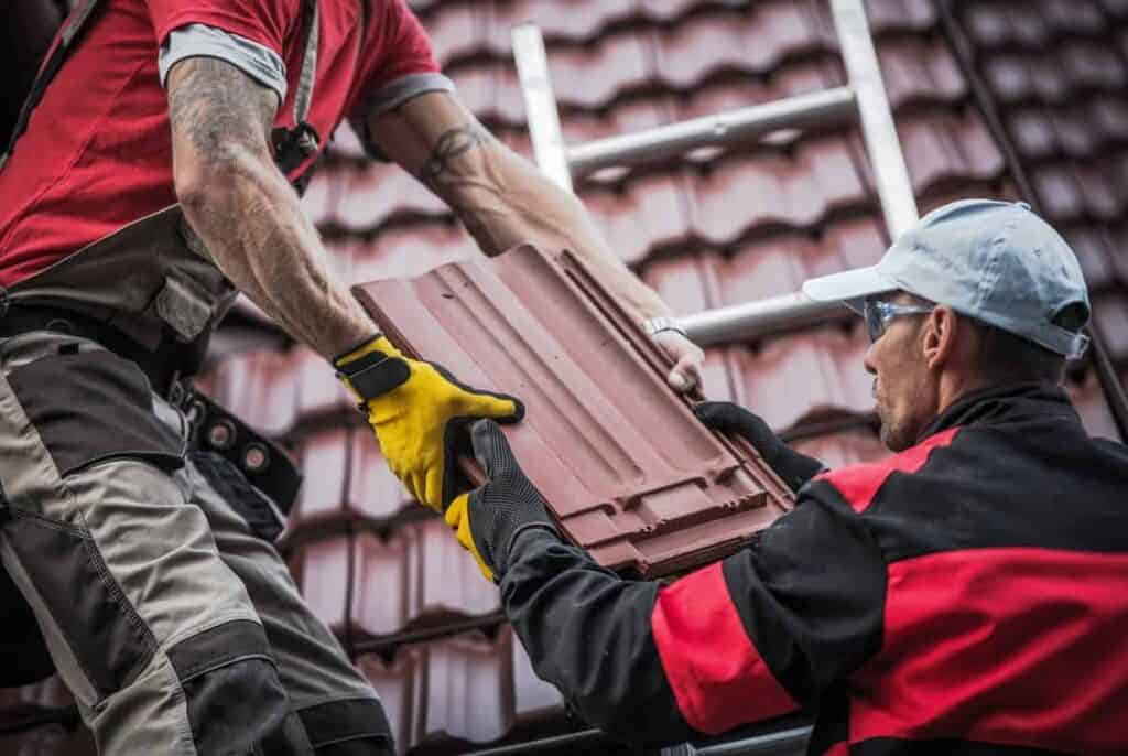 Roofers in Cape Coral Doing Roof Repair