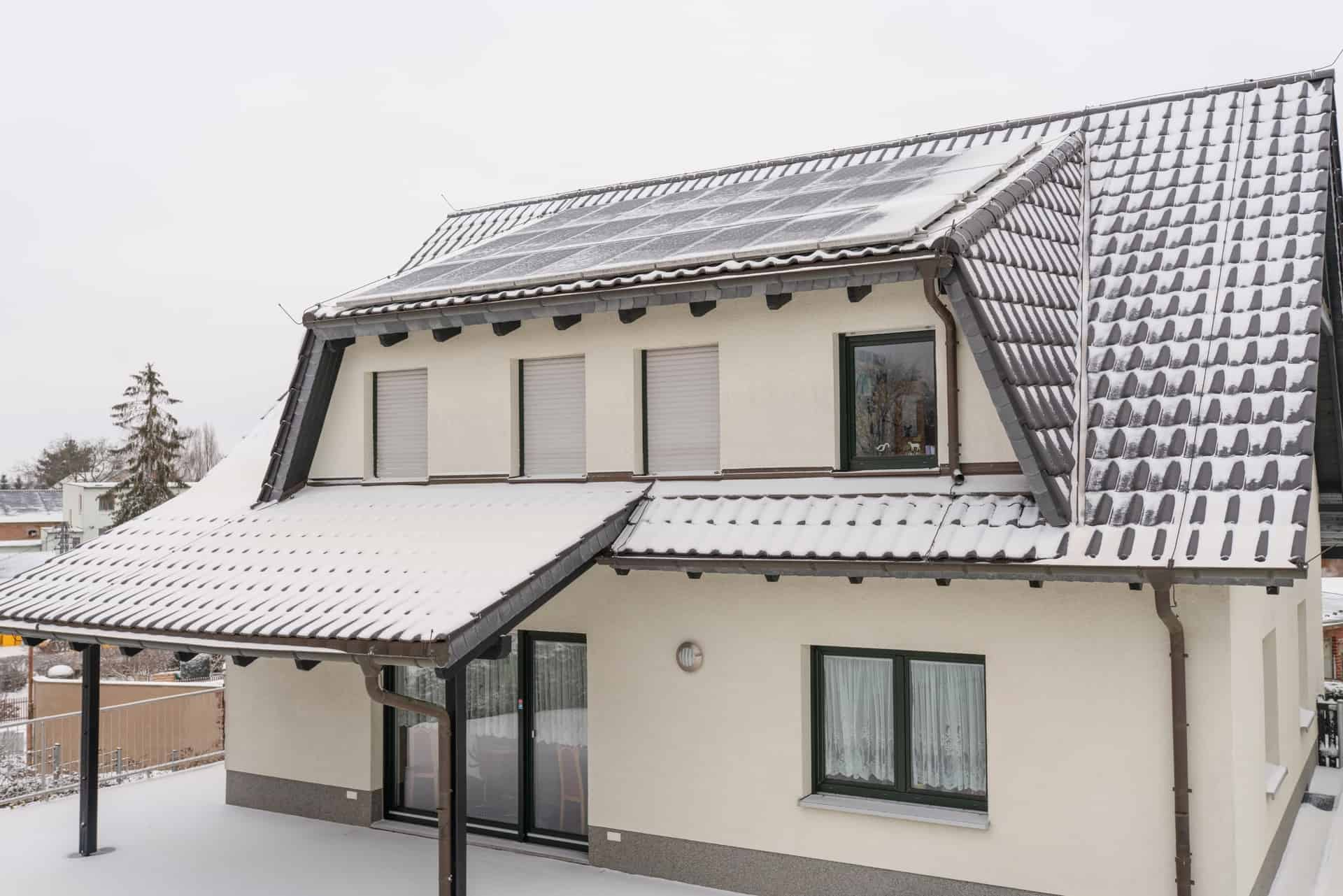 roof in winter weather